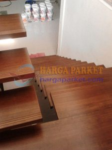 harga papan tangga kayu Jati
