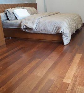 lantai kayu untuk kamar tidur