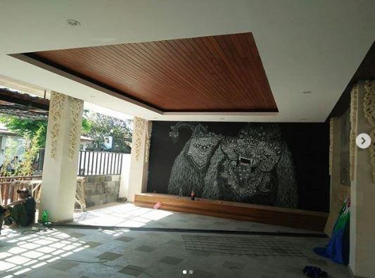 harga plafon kayu Lambersering Bali