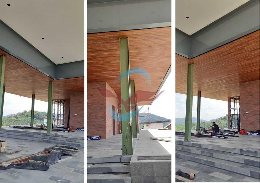 pemasangan plafon kayu pelawan bangka