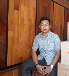 sales marketing lantai kayu rajawali parquet cabang bali