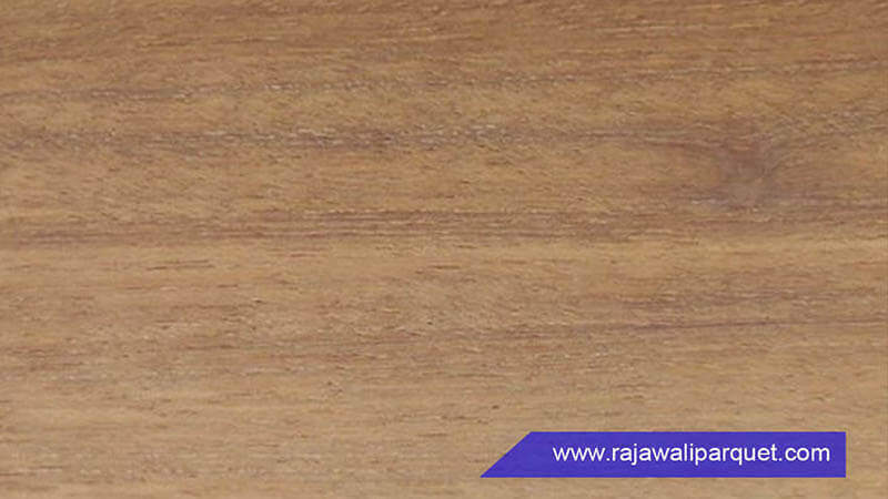 warna dan corak kayu bengkirai